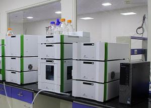 آموزش تئوری و عملی آشنایی با دستگاه کروماتوگرافی مایع با کارایی بالا HPLC برگزار میشود