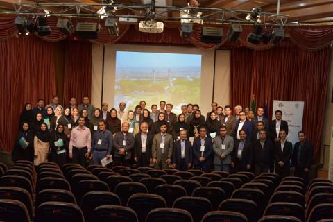 عکس یادگاری مدیران مراکز عضو شبکه آزمایشگاهی