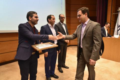 وحید حسینزاده، کارشناس آزمایشگاه جامع تحقیقات دانشگاه علوم پزشکی شهید بهشتی