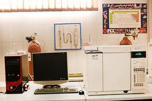 کارگاه آموزش تخصصی اندازهگیری کمی ترکیبات آلی در نمونههای آبی با استفاده از کروماتوگرافی گازی