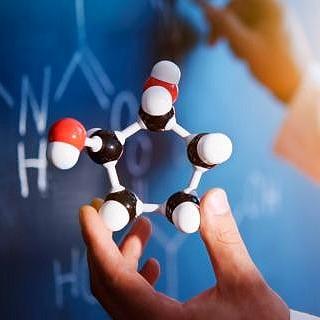 برگزاری کارگاههای آموزشی آنالیز دستگاهی در پژوهشگاه شیمی و مهندسی شیمی ایران